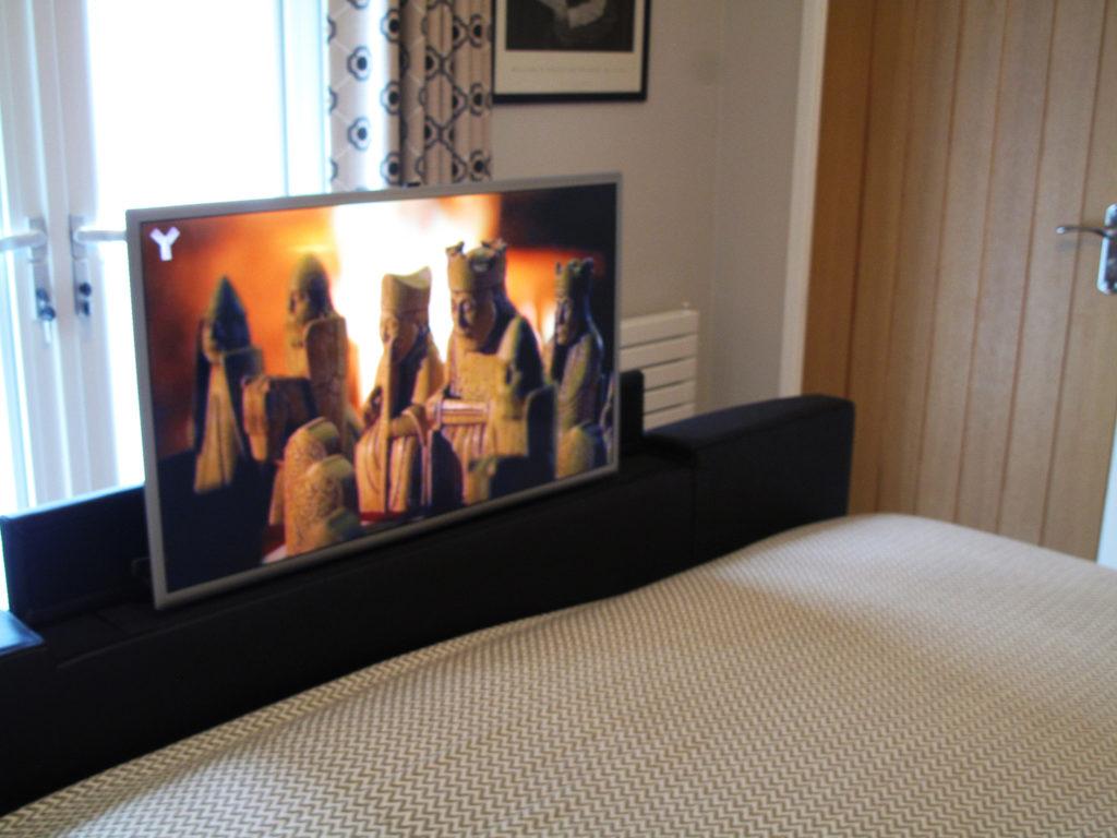 Ashdon TV bed at Piglets Boutique B&B