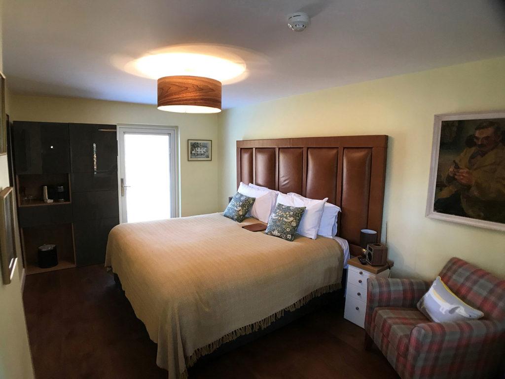 Widdington en-suite super-king bedroom at Piglets Boutique B&B